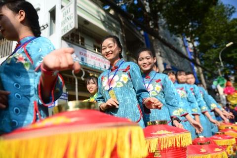 Hoi Tet Nguyen tieu ram ro tren duong pho Sai Gon hinh anh 7