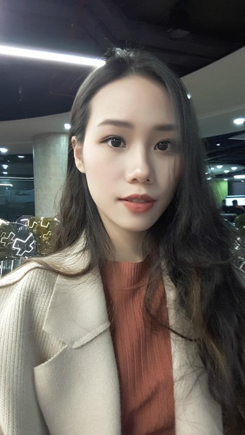 Tan hoa khoi DH Ngoai thuong: 'Minh khong co y dinh tham gia showbiz' hinh anh 9