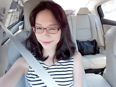 Tan hoa khoi DH Ngoai thuong: 'Minh khong co y dinh tham gia showbiz' hinh anh 10