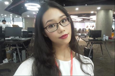 Tan hoa khoi DH Ngoai thuong: 'Minh khong co y dinh tham gia showbiz' hinh anh 5