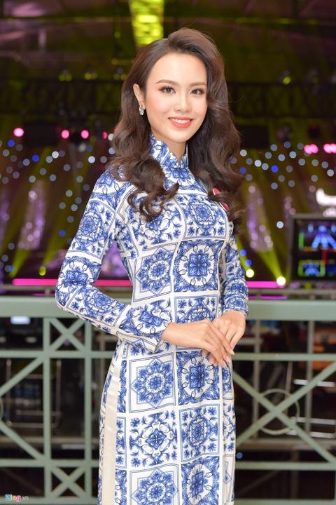 Hoa khoi DH Ngoai thuong tung nang 90 kg thi Hoa hau Viet Nam 2018 hinh anh 3