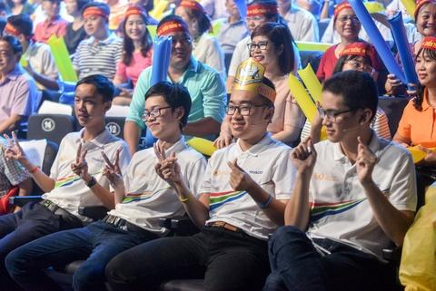 Tran chung ket 'Duong len dinh Olympia' khong nuoc mat, chi co nu cuoi hinh anh 1