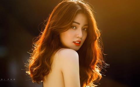 Nhan sac hoa khoi DH Y duoc Thai Nguyen 2018 thuong bi nham la gai Tay hinh anh