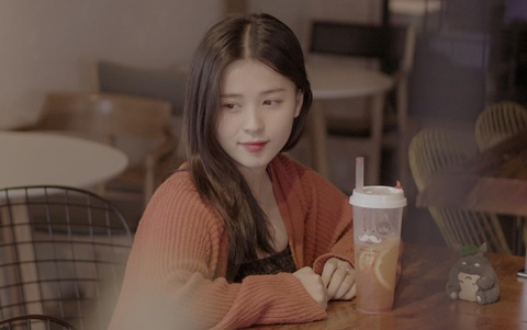 Hot girl Thao Nari lan dau chia se ve tin yeu cau thu Trong Dai U23 hinh anh
