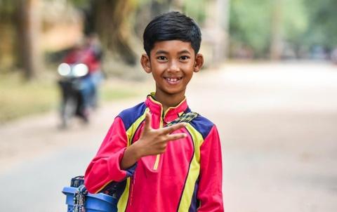 Cau be ban rong Campuchia dem tu 1-10 bang 16 thu tieng hinh anh