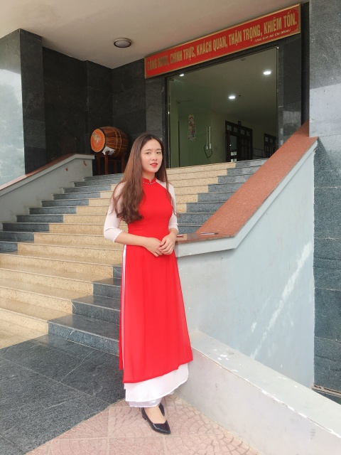 9X DH Kiem sat Ha Noi cao 1,7 m, muon thu suc o nhieu cuoc thi tai sac hinh anh 8