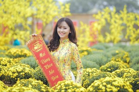Hoa khoi Imiss Thang Long 2018: Con gai canh sat manh me va duyen dang hinh anh 6