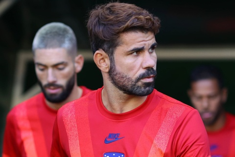 Diego Costa chuan bi thoat canh that nghiep hinh anh