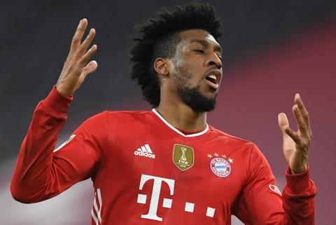 Sao Bayern bi phat tien vi di nham xe den san tap hinh anh