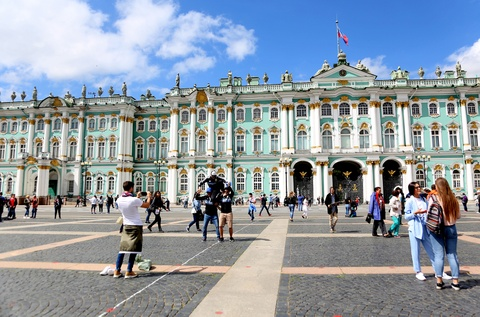 #Mytour: Dem trang va cai lanh thau cua Saint Petersburg mua World Cup hinh anh 10
