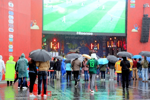 #Mytour: Dem trang va cai lanh thau cua Saint Petersburg mua World Cup hinh anh 18