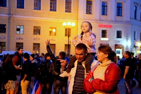 #Mytour: Dem trang va cai lanh thau cua Saint Petersburg mua World Cup hinh anh 5