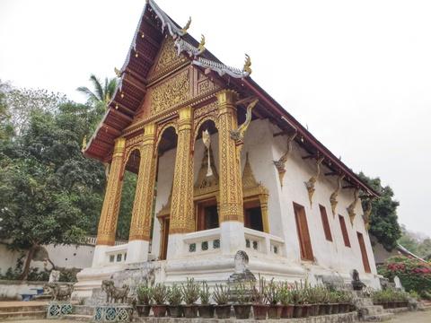 Den Luang Prabang tim lai hinh dang xua nuoc Lao hinh anh 8