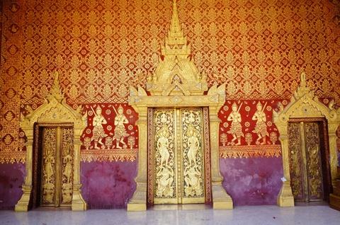 Den Luang Prabang tim lai hinh dang xua nuoc Lao hinh anh 14