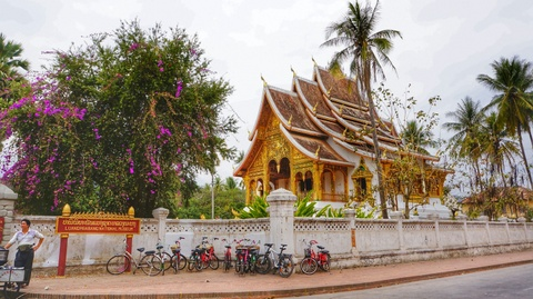 Den Luang Prabang tim lai hinh dang xua nuoc Lao hinh anh 4