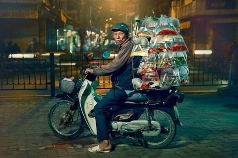 Tai xe xe may va 'the gioi phia yen sau' duoi ong kinh du khach Anh hinh anh 7