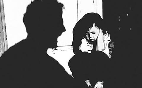 Hai bé gái bị nam thanh niên xâm hại tình dục nhiều lần