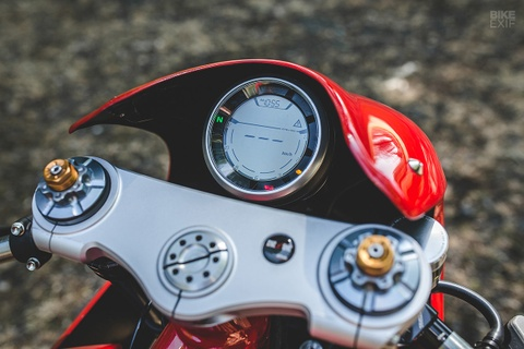 Ducati Scrambler do phong cach xe dua hinh anh 10