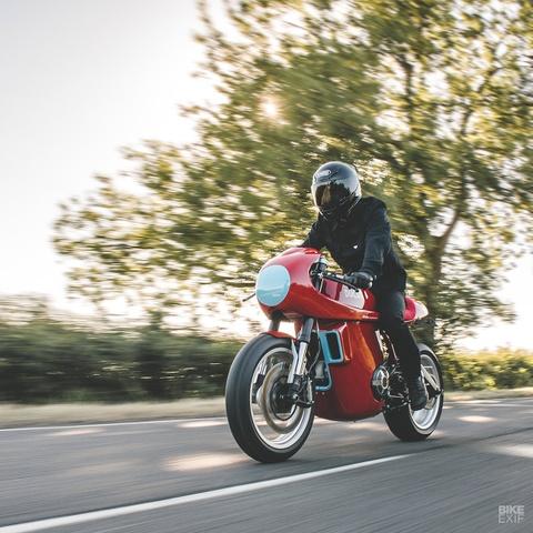 Ducati Scrambler do phong cach xe dua hinh anh 13