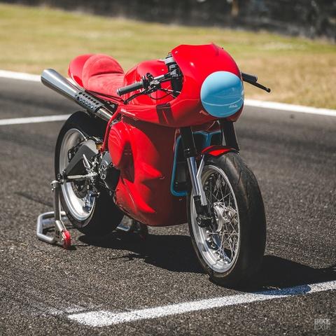 Ducati Scrambler do phong cach xe dua hinh anh 2