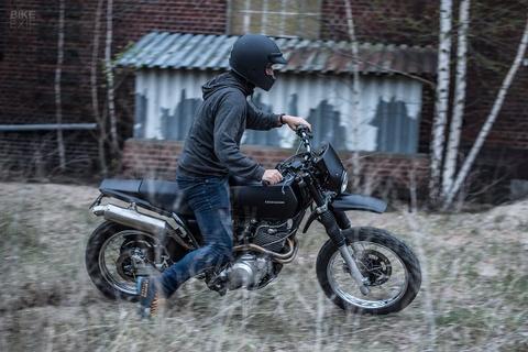 Mau Yamaha XT 600 do doc dao cua linh dac nhiem hinh anh