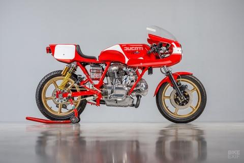 Mau do Ducati 900 SS danh rieng cho giai dua Isle of Man hinh anh