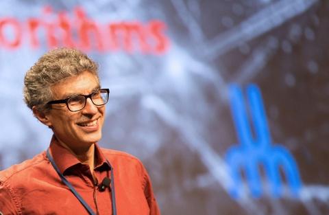 Cha đẻ AI: 'Đưa trí tuệ nhân tạo vào robot chiến đấu là vô nhân đạo'