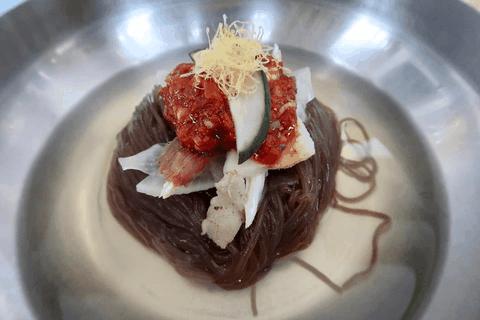 Súp thịt chó, nghêu nướng xăng và 10 món ăn Triều Tiên gây thương nhớ