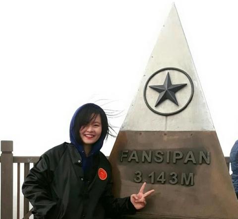 Cot moc Fansipan va loat dia danh noi tieng Viet Nam tung bi ve bay hinh anh 1