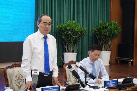 Bi thu Nhan: 'Giam doc so khong the chi noi doanh nghiep thong cam' hinh anh 1