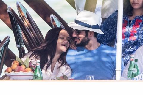 Ban trai ty phu Saudi cua nu ca si Rihanna la ai hinh anh