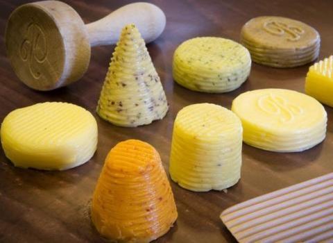 Ghé thăm xưởng làm bơ hảo hạng nhất nước Pháp
