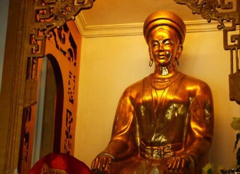 Cong chua Huyen Tran lam dau Chiem Thanh hinh anh