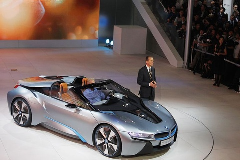 xe the thao bmw i8 hinh anh