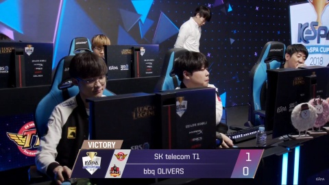 SKT T1 co chien thang de dang truoc bbq Olivers tai Kespa Cup hinh anh