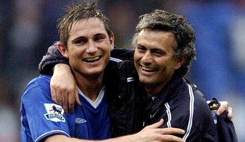 Hoc tro cu chuc Mourinho thanh cong tai Old Trafford hinh anh