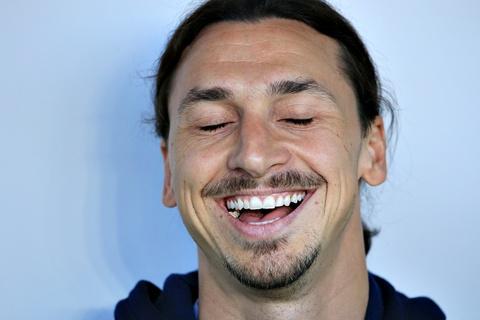 Ibrahimovic: 'Toi van la mot cau thu tre' hinh anh