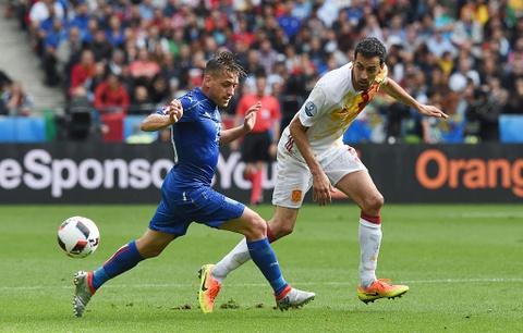 Chiellini hay nhat tran Italy vs Tay Ban Nha hinh anh 9