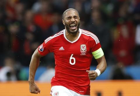 Khong ghi ban, Bale van hay nhat tran xu Wales vs Bi hinh anh 4
