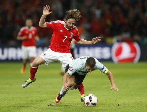 Khong ghi ban, Bale van hay nhat tran xu Wales vs Bi hinh anh 7