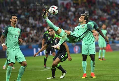 Ronaldo - cau thu hay nhat tran Bo Dao Nha vs Wales hinh anh 3