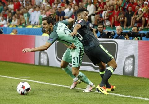Ronaldo - cau thu hay nhat tran Bo Dao Nha vs Wales hinh anh 6