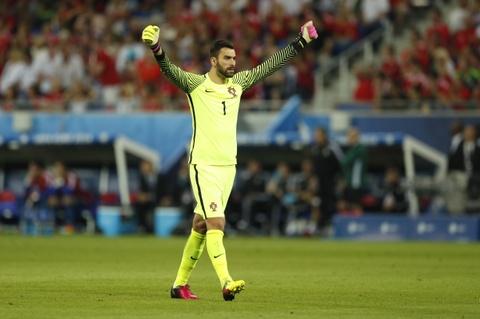 Ronaldo - cau thu hay nhat tran Bo Dao Nha vs Wales hinh anh 2