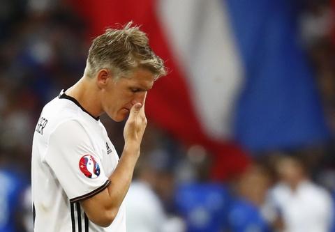 Muller, Giroud linh xuong doi hinh te nhat ban ket Euro 2016 hinh anh 9