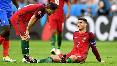 Cu danh dau cua Ronaldo lot top khoanh khac an tuong o Euro hinh anh 18