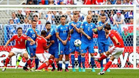 Cu danh dau cua Ronaldo lot top khoanh khac an tuong o Euro hinh anh 7