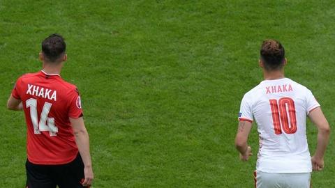 Cu danh dau cua Ronaldo lot top khoanh khac an tuong o Euro hinh anh 9