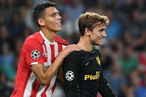 Atletico nhoc nhan vuot qua PSV trong tran cau do mau hinh anh