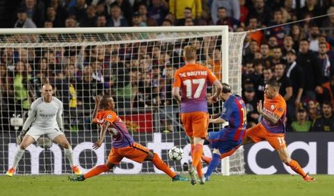 Messi lap hat-trick giup Barca de bep Man City 4-0 hinh anh 6