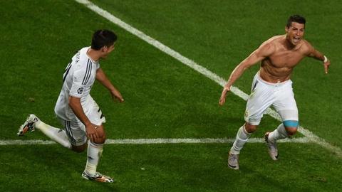 Nhung cot moc dang nho cua Ronaldo tai Real Madrid hinh anh 10